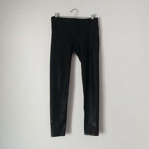 Noli liquid gloss black leggings size medium